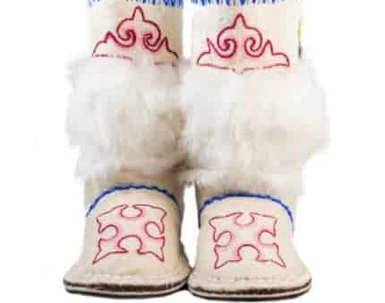 white pinky woogo boot woolenstocks