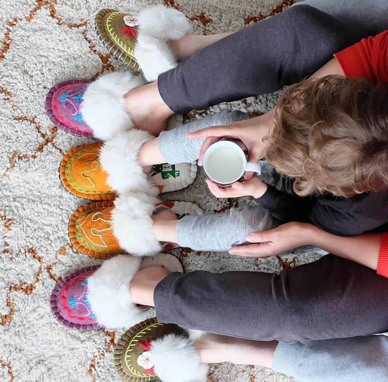 The Benefits of Felt Slippers-woolenstocks-2