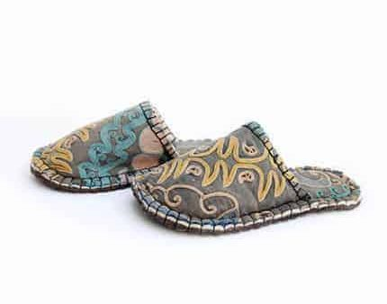 goldendrod tribal lung slipper woolenstocks-1
