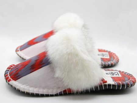 white red ikat kosy slipper woolenstocks 01