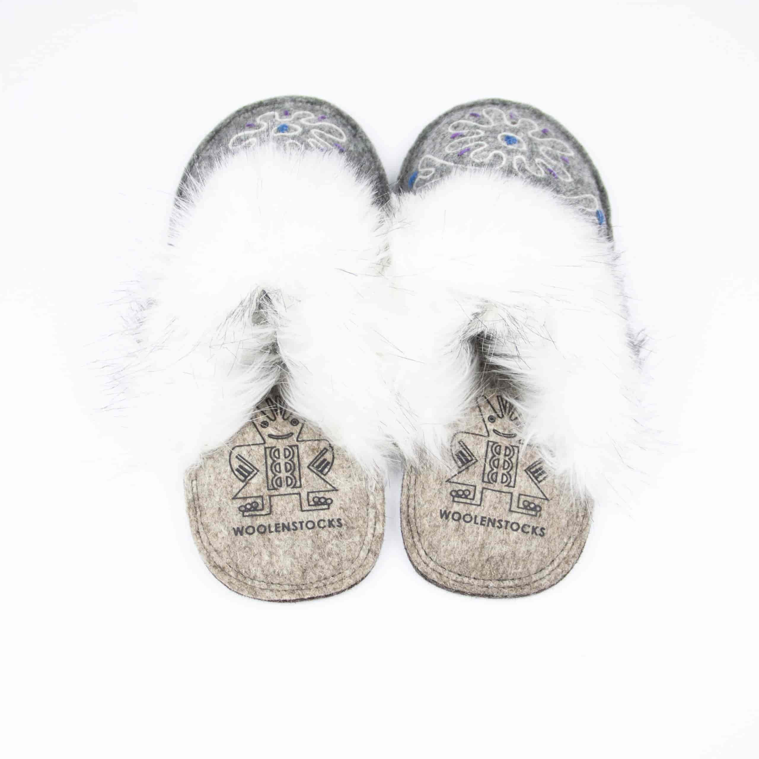 kosy gray flower slipper woolenstocks 01