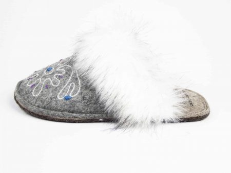 kosy gray flower slipper woolenstocks 04